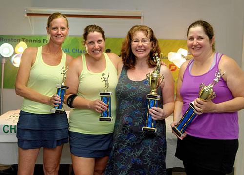 Women-winnwr-runner